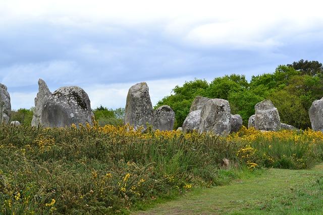menhiry ve Francii