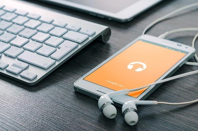 sluchátka k mobilu